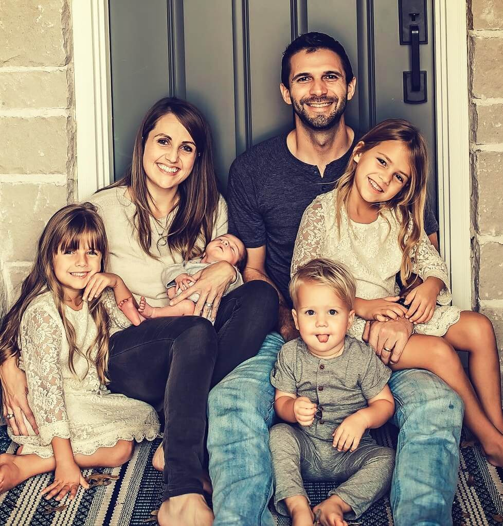 Dr. Danielle Jones with her husband Donnie Ray Jones and their four children