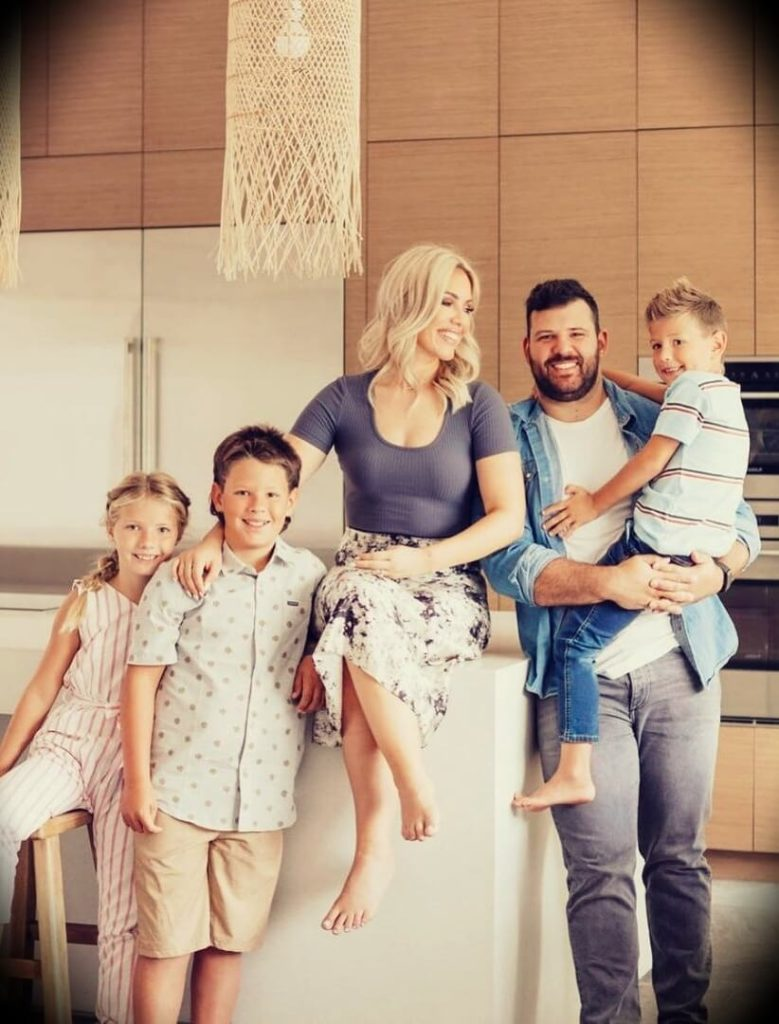 Cayla Craft with her husband Chase Craft and their children