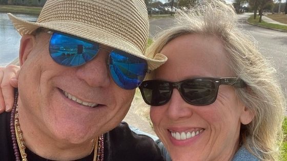 Read more about the article After Divorce Joe Vitale Gets A New Girlfriend (Photos)
