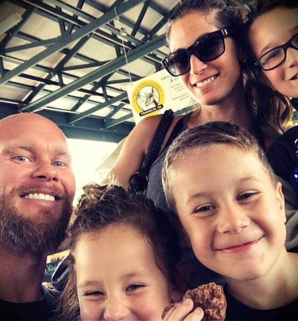 Ben Pakulski with his wife Amanda Vassallo and their children