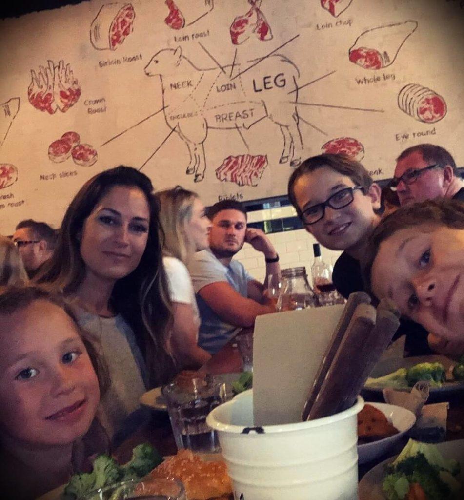 Ben Pakulski's wife Amanda Vassallo and their children