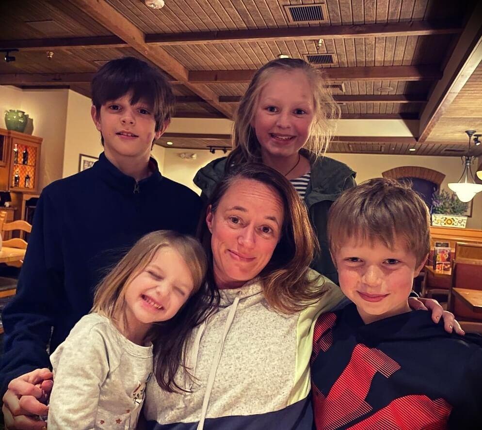 Destin Sandlin's wife and children