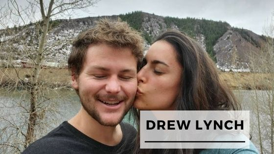 Read more about the article Top 12 Pics Of Comedian Drew Lynch With His Fiancée