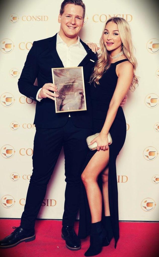 Ivan On Tech with his girlfriend Lizette Laurén Kuld