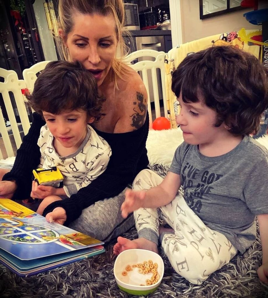 Jeff Cavaliere's wife and sons