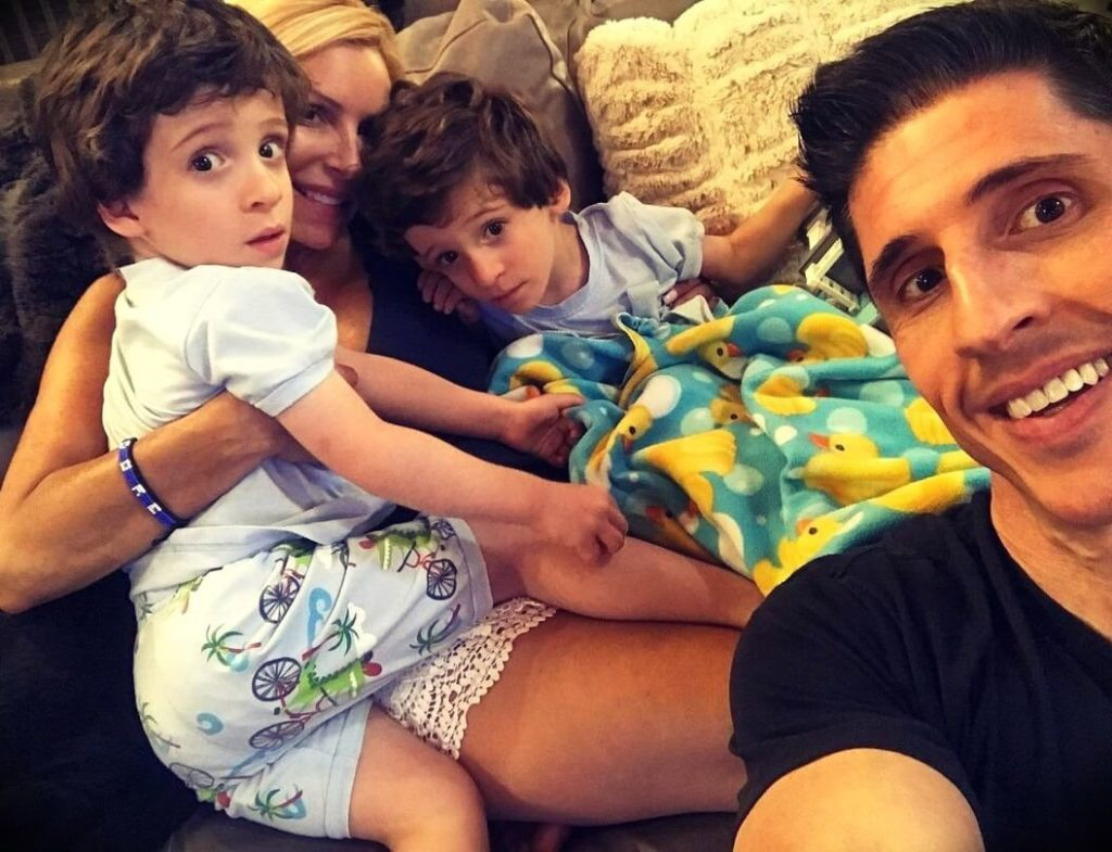 Jeff Cavaliere with his wife and sons