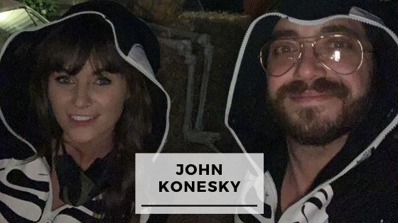 Read more about the article 8 Rare Pics Of John Konesky With His Girlfriend