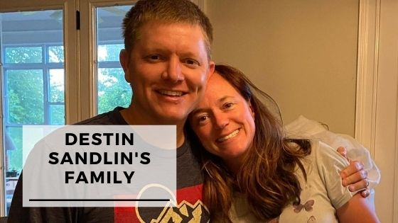 Read more about the article 15 Rare Pics Of Destin Sandlin With His Wife & Children