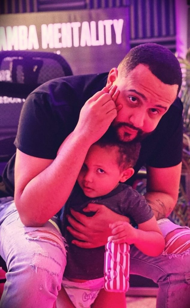 Curtiss King with his son Nahz