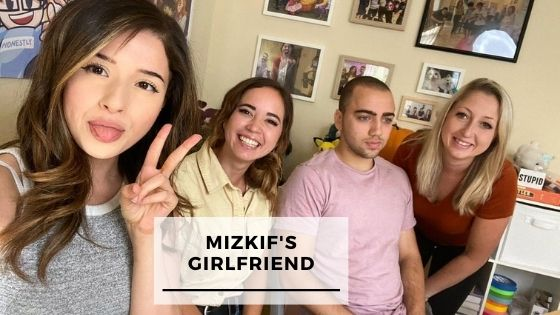 Read more about the article 7 Rare Pics Of Mizkif With His Girlfriend Maya Higa