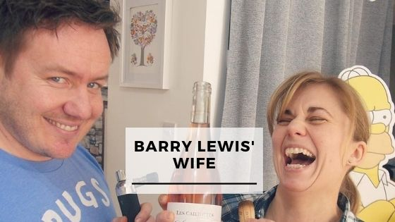 Read more about the article Top 10 Pictures Of Barry Lewis With His Wife