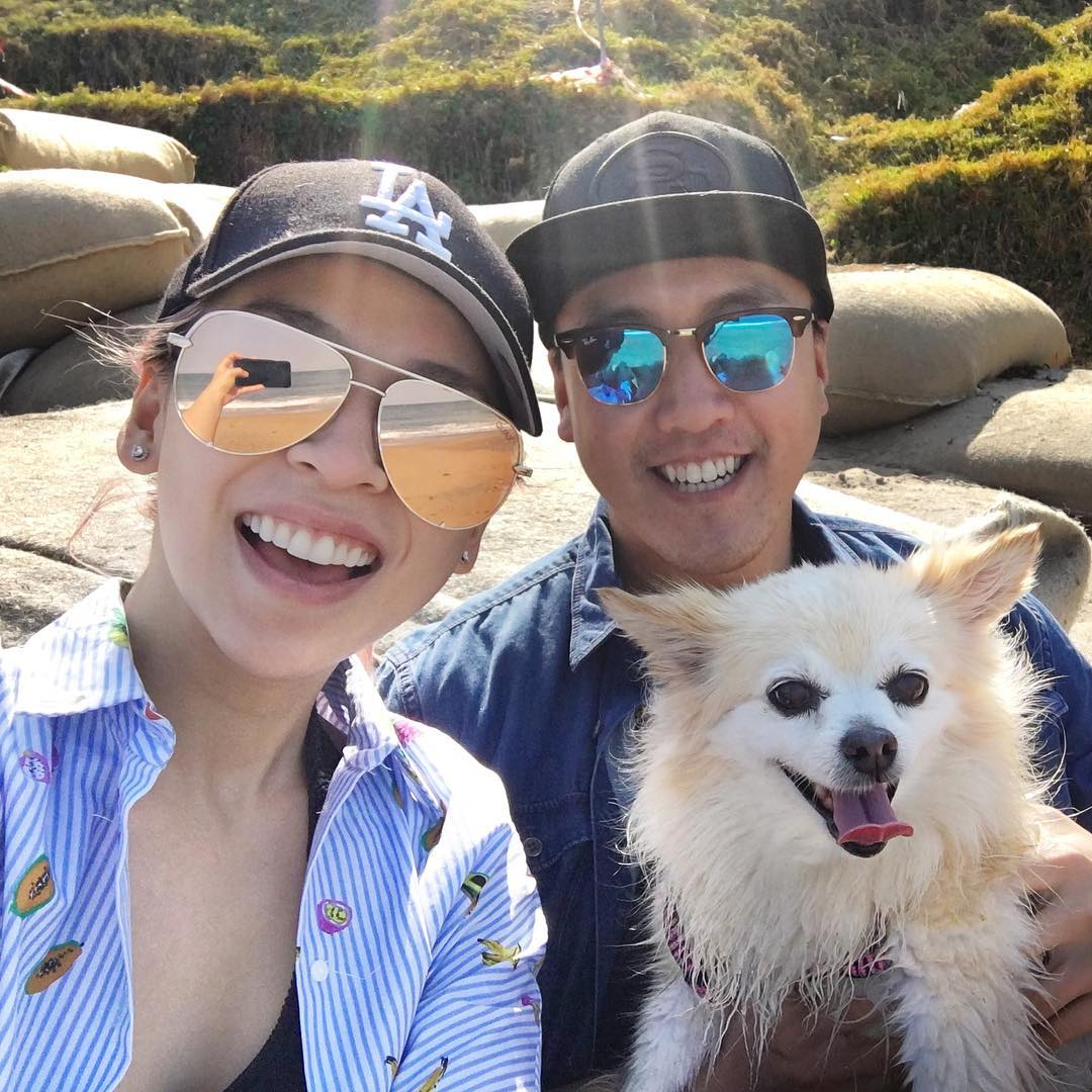 Read more about the article Top 11 Pics Of Tina Yong With Her Husband