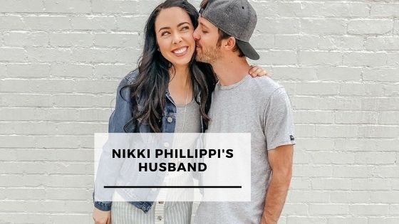 Read more about the article Top 10 Pics Of Nikki Phillippi With Her Husband